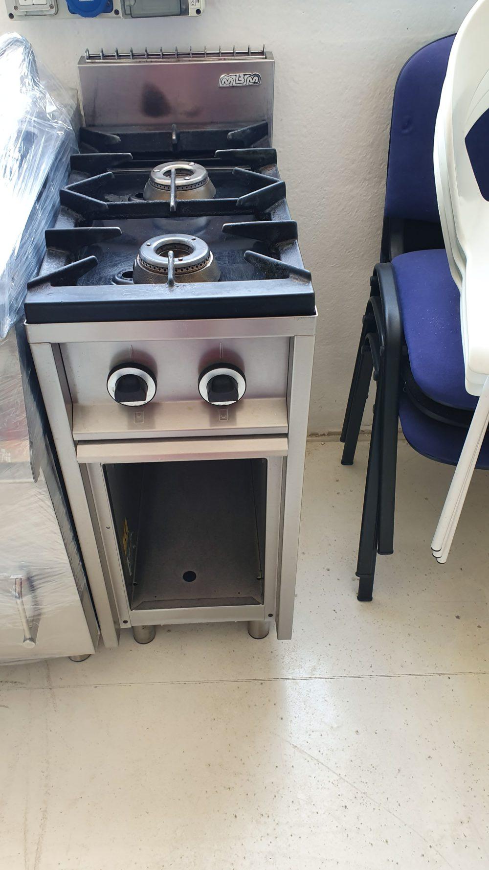 Cucine A Gas Professionali Usate.Cucina Gas 2 Fuochi Usata Mbm
